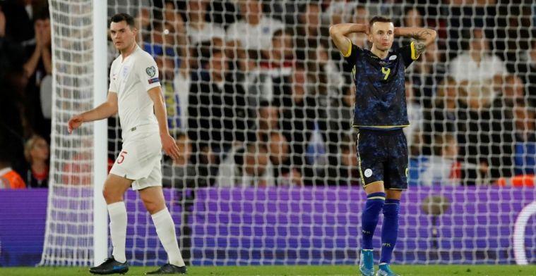 Ronaldo met vier goals weer de grote man; Engeland komt dramastart te boven