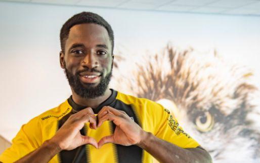 Afbeelding: Man van 3,5 miljoen meldt zich bij Vitesse: