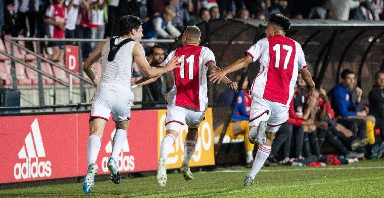 Ajax-aanwinst (19) was 'een beetje zenuwachtig': 'Wist niet wat ik kon verwachten'