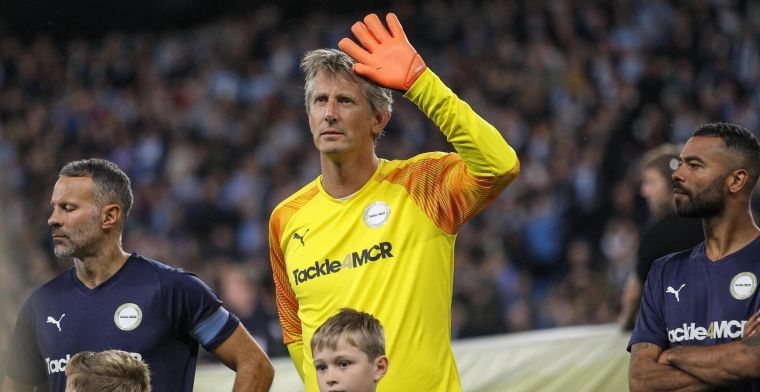 Van der Sar reageert op tabloidverhaal: 'Ik heb zin in die uitdaging met Ajax'