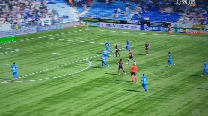 Mooiste goal van dit seizoen? Meulensteen (RKC) ramt fenomenaal raak