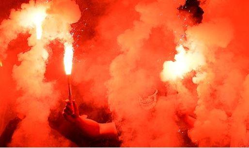 Afbeelding: Club Brugge-fans nemen revanche op Cercle-sfeergroep: 'Jullie mogen opdoeken!'