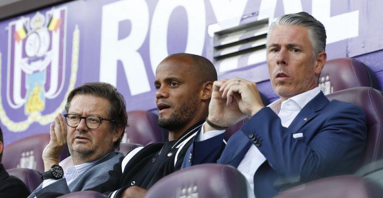 Boze Kompany spreekt Anderlecht-spelers toe: 'Na een uur nog niet gedoucht'