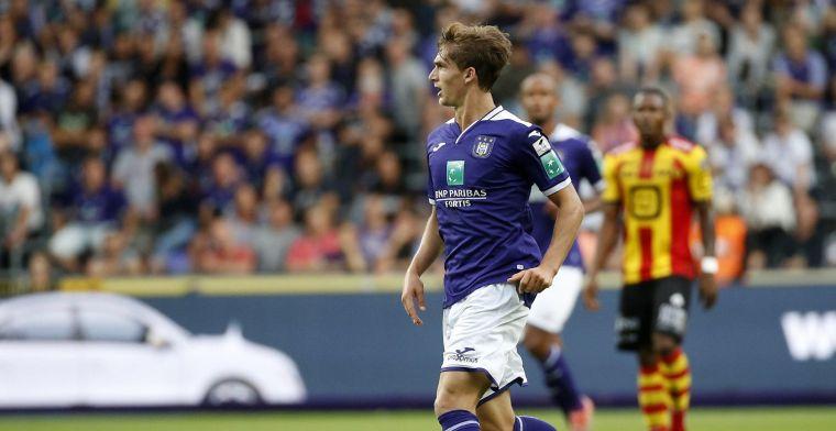 Hij ging testen bij Club Brugge met een shirt van Anderlecht aan