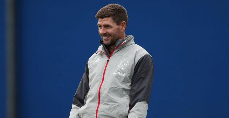 Gerrard draagt zege op aan Ricksen: 'Gespeeld zoals hij zelf was, vol overgave'