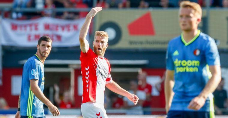 'Gênante vertoning' van Feyenoord baart zorgen: Niemand in het veld staat op