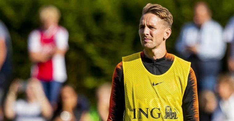 'Belachelijk dat Weghorst niet bij Oranje zit, hij verdient het meer dan De Jong'