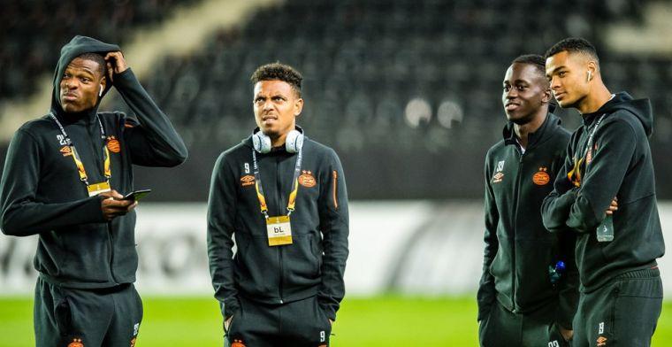 PSV-talent Teze klopt op de deur: 'Van wat ik verdien, wil ik haar eerst helpen'