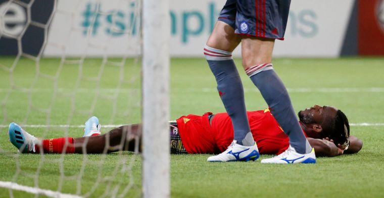 Batshuayi valt niet alleen op met zijn doelpunt, maar ook met ... zijn onderbroek
