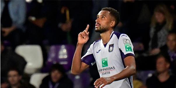 'Anderlecht kan ongebruikte spits nog verkopen in komende transferperiode'
