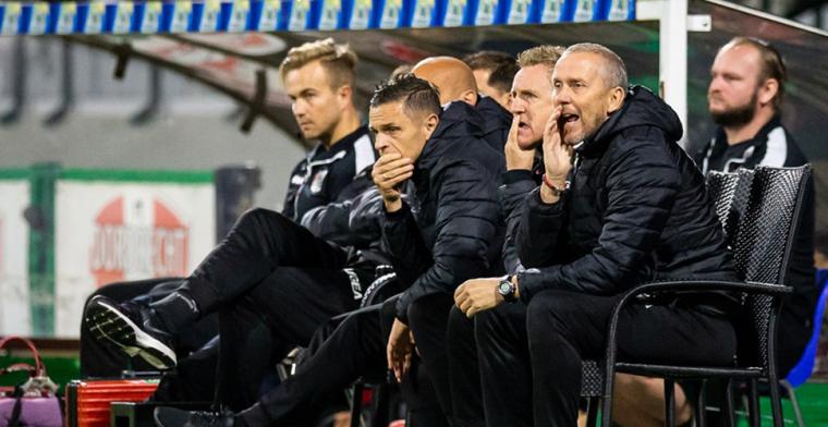 'Jong AZ heeft twee trainers: Michel Vonk en Koen Stam, hoor je niemand over'