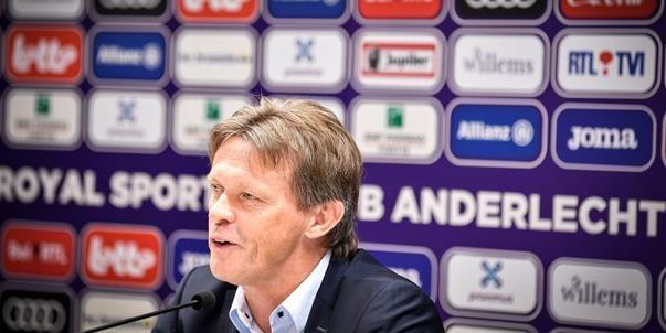 'Vier overbodige Anderlecht-spelers willen zich onder Vercauteren opnieuw bewijzen'