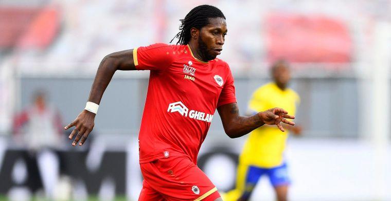 Veel lof voor Mbokani: De manier waarop hij de bal afschermt