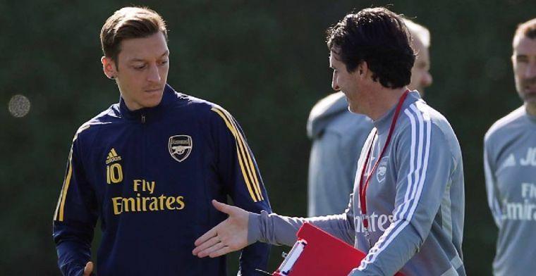 Tribuneklant Özil gaat helemaal nergens heen: 'Ik blijf tot dan bij Arsenal'