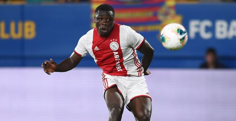'Talentvolle Ajax-spits (17) met dubbel paspoort luistert naar Ghana-coach Appiah'