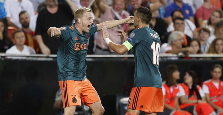 'We kennen allemaal Ziyech en Tadic, maar Van de Beek belangrijkste man Ajax'