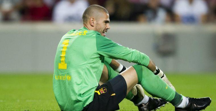 'Barça wacht nog op krabbel Valdés en zit met ontslagen ex-keeper in zijn maag'
