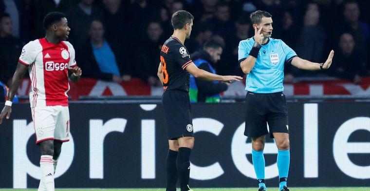 Van der Gijp noemt afgekeurde Ajax-goal 'krankzinnig': Ik vind het bezopen