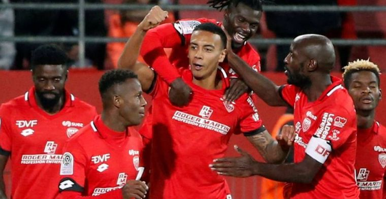 Paris Saint-Germain verliest van hekkensluiter, opnieuw winst voor Schreuder
