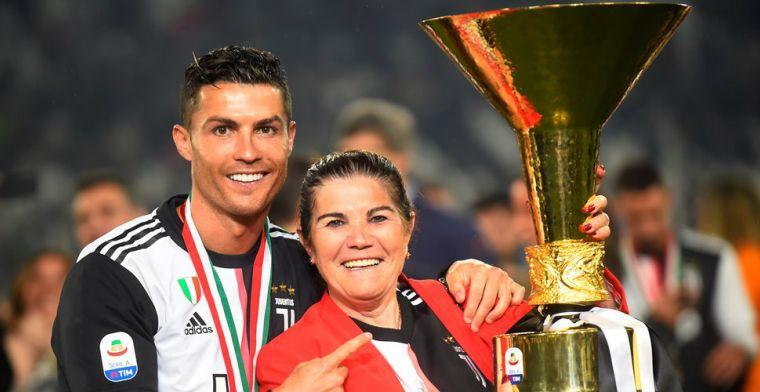 Moeder Ronaldo over 'voetbalmaffia': 'Maar ja, hij komt nu eenmaal van Madeira...'
