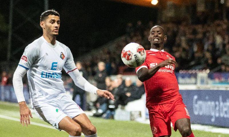 Afbeelding: Telstar-speler raakt geblesseerd tijdens potje FIFA en meldt zich af bij Jonker