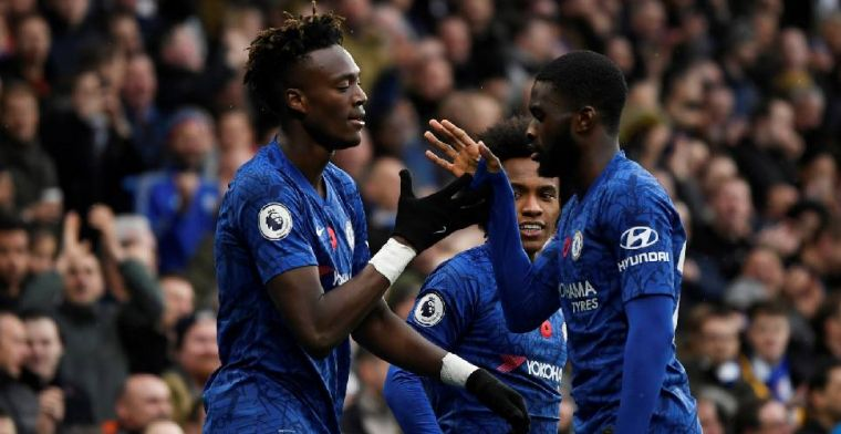 Chelsea bestormt Premier League-top na overwinning op Crystal Palace