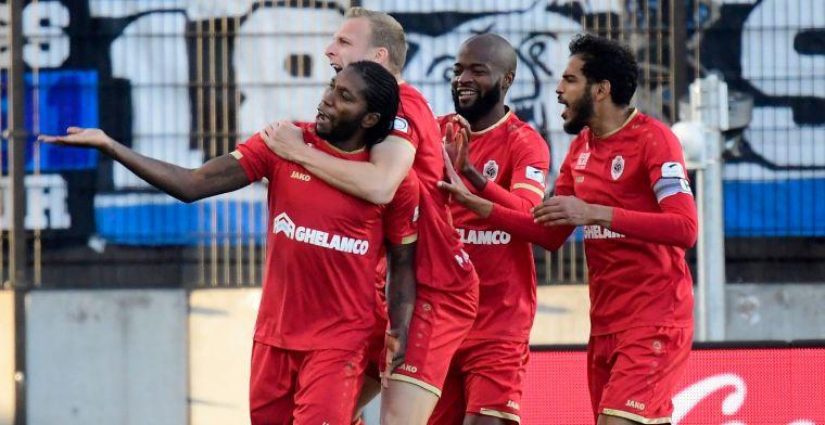 Fans van Club Brugge boos na strafschopdoelpunt van Mbokani: 'Gewoon bestolen'