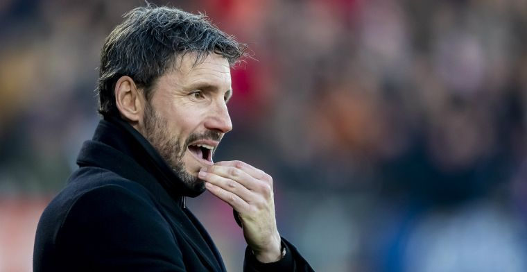 ED: Van Bommel krijgt vertrouwen bij PSV maar heeft snel goede resultaten nodig