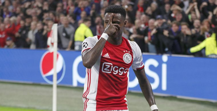 Promes krijgt appje van Van Dijk: 'Iedereen volgt Ajax en is enthousiast'