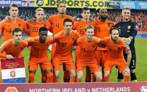 Spelersrapport: Oranje worstelt in Belfast, De Jong onttrekt zich aan matig spel