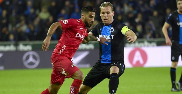 Fans Club Brugge vieren na rode kaart voor Vargas: 'Bye bye!'