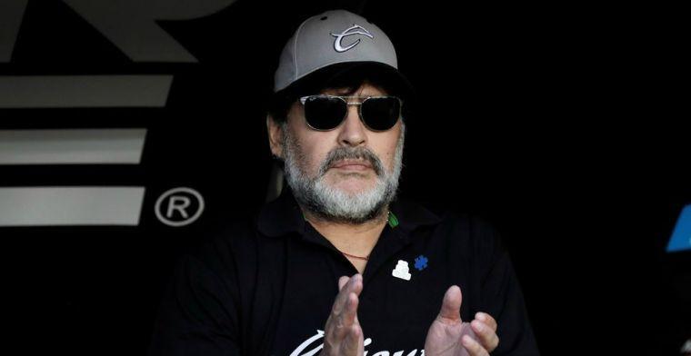 Maradona verbaast vriend en vijand en keert na twee dagen toch weer terug