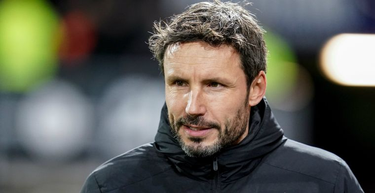 Ongeloof over ontluisterend PSV: 'Het probleem ligt denk ik niet bij Van Bommel'