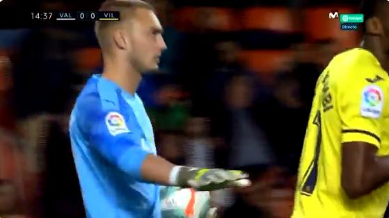 Wonder van Mestalla: Cillessen heeft strafschop klem bij Valencia