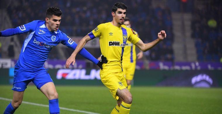 """Lof voor scheidsrechter Bram Van Driessche: """"Hij pakte de derby goed aan"""""""