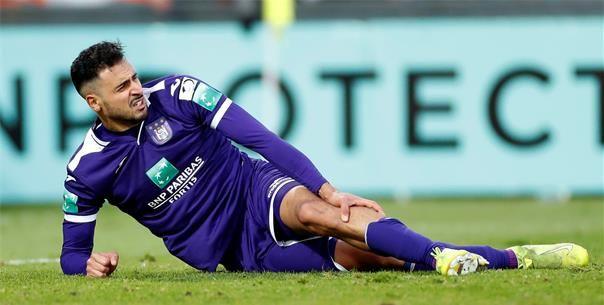 'Nieuwe blessure voor Chadli, Anderlecht-sterkhouder hinkend van het veld'