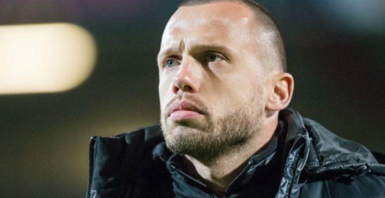 Drie keer rood en weggestuurde assistent: Ajax-jeugd van Heitinga verliest hoofd