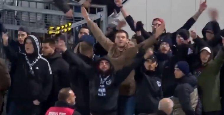 Bizar: stewards halen spandoeken Bordeaux-fans weg, supporters bestormen veld