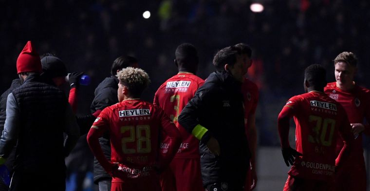 Update: bekermatch tussen Antwerp en Genk wordt hervat na lichtpanne