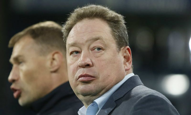 Afbeelding: 'Slutsky kan halve week na vertrek bij Vitesse alweer aan de slag in Athene'