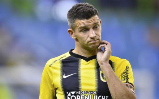 Afbeelding: Linssen zoekt confrontatie met Vitesse-supporter: