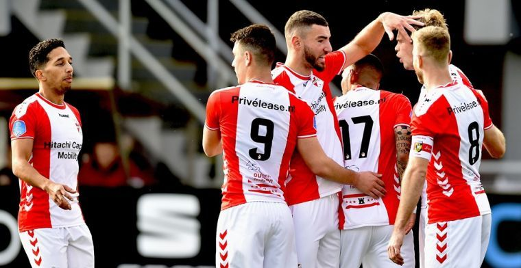 FC Emmen-voorzitter luidt de noodklok: 'Ons voortbestaan hangt daar vanaf'