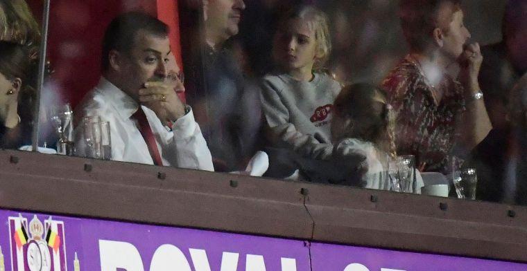 Daar is hij weer: Bayat duikt op in loges van Anderlecht bij match tegen Charleroi