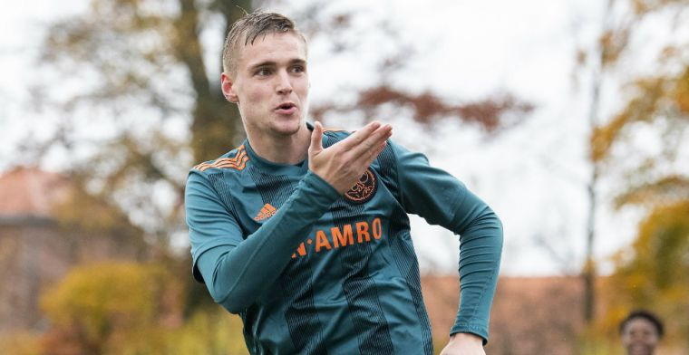 Tien jaar bij Ajax: 'Vroeg elke keer aan mijn moeder of brief al voor de deur lag'