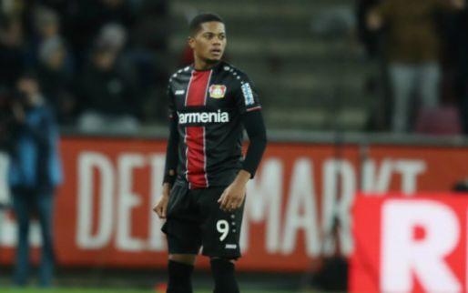 Bailey onder vuur na rode kaart bij Leverkusen: 'Zijn team niet geholpen'
