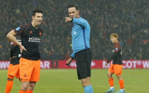 Ophef over 'totaal absurd' penaltymoment bij Feyenoord - PSV: 'Een schande'
