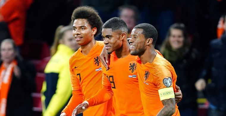 Stengs en Boadu krijgen transferadvies: 'Buitenland te vroeg, Ajax is makkelijker'