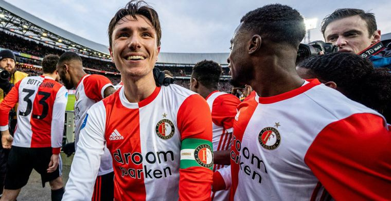 Volgende dreun voor zwalkend PSV: hattrick-held Berghuis grote man in De Kuip