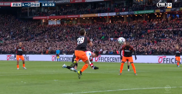 Berghuis verrast Boscagli en kopt Feyenoord zéér knap op voorsprong