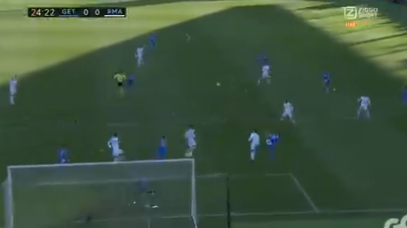 Prachtige save van Courtois, Real Madrid maakt even later 0-1
